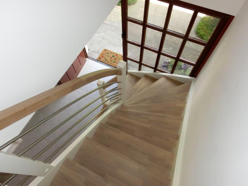 holz treppen vorher nachher vergleiche. Black Bedroom Furniture Sets. Home Design Ideas